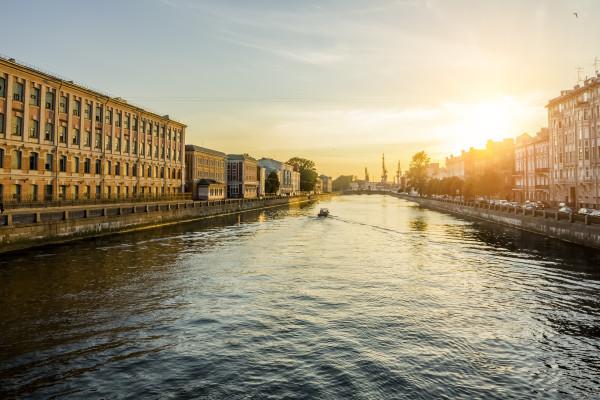 Северная Венеция - экскурсия на теплоходе