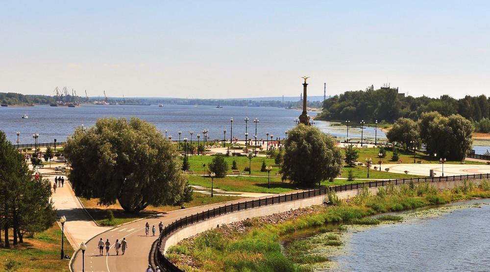 Памятник 1000-летию Ярославля - фото №1